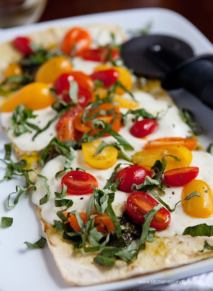 IMG_1480_edit_crop_Pesto_Caprese_flatbread_kitchen_serendipity_blog