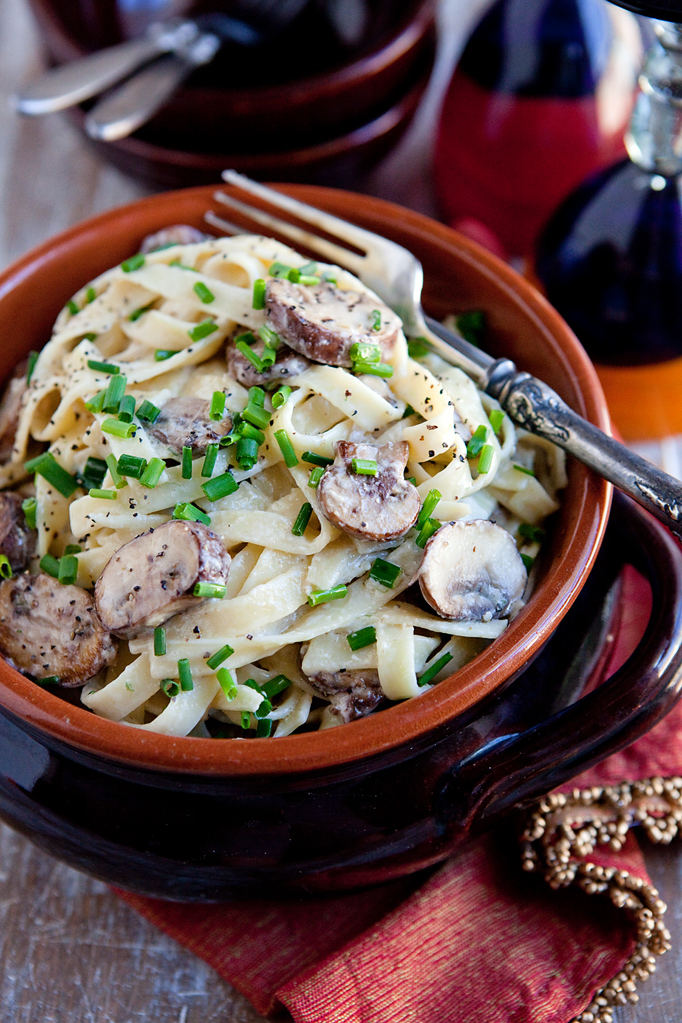IMG_4543_edit_blog_kitchen_serendipity_creamy_mushroom_fettuccine_with_boursin_cheese